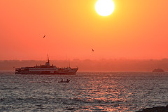 Liner (s_gulfidan) Tags: sunset liner 300faves saariysqualitypictures