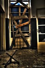 The end (Salamone Giuseppe) Tags: bw white black abandoned mono decay hell inferno haunting bianco nero desolation abbandoned abbandono decadenza desolute maggiordomo nikond300 lodeallinviolato memoriaoftrashbit hourthesoul
