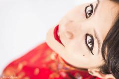 IMG_9722 - e t (Daniel JG) Tags: smile rojo eyes bokeh negro lips labios sonrisa oriental morena marrones atenea fotoestudio