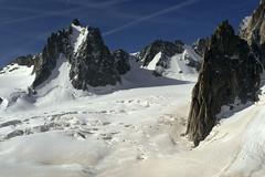 Chamonix, massif du Mont-Blanc, glacier du Gant (Ytierny) Tags: france horizontal neige chamonix crevasse montblanc glace alpinisme randonne hautesavoie valleblanche et srac helbronner massifdumontblanc hautemontagne glacierdugant alpesdunord ytierny