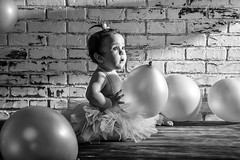 Luciana (Bravo Fotografia) Tags: baby bebe bimbo niña nena bebida little cute gorgeous light