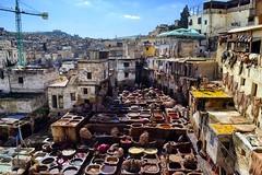 Plaza de los curtidores en Fez, Marruecos, Africa. Como viajar en el tiempo! (andréscampañas.) Tags: nikon tanner leather skin piel cuero curtidores fez africa marruecos