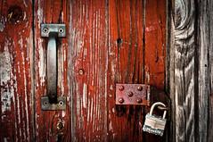 Hot to handle (hutchphotography2020) Tags: door barnwood weathered doorhandle rust woodgrain nikon hutchphotography