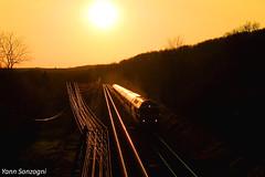 Le crépuscule des Dieux (Lion de Belfort) Tags: cc 72100 72140 corail intercités ligne 4 coucher soleil errevet sncf train télégraphiques poteaux