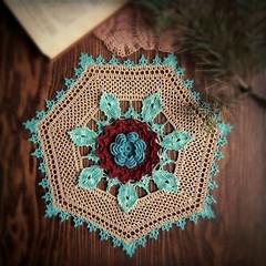 Синяя роза)💙💮 blue rose #вязание #вязаниекрючком #салфеткакрючком #салфетка #рукоделие #handmade #ganchillo #uncinetto #deckchen #doilycrochet #crochet #crochetdoily #doily #crochetlove #häkeln (Elena~) Tags: instagramapp square squareformat iphoneography uploaded:by=instagram crochetdoily crochet crocheted