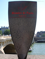 Pont Neuf informational plaque (eutouring) Tags: paris france river riverseine seine travel iledelacite old history pontneuf plaque information