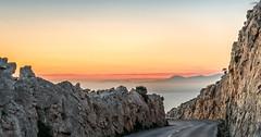 Mallorca | Cap Formentor 12 (Wolfgang Staudt) Tags: sonnenaufgang capdeformentor mallorca morgenstimmung morgenrot felskueste kueste balearen spanien insel baleareninsel aussicht aussichtspunkte miradordescolomer abgelegen attraktion felsen bergig rheinlandpfalz deutschland de