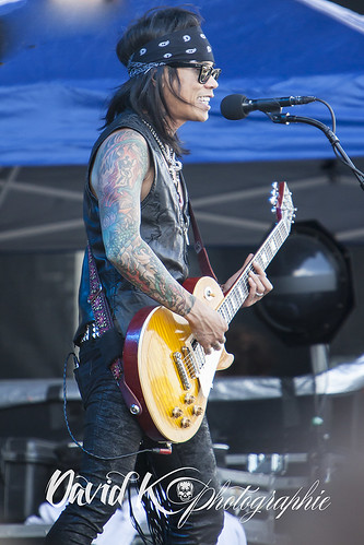 "Stevie D- Buckcherry • <a style=""font-size:0.8em;"" href=""http://www.flickr.com/photos/42154737@N07/14313557239/"" target=""_blank"">View on Flickr</a>"