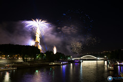 DSC_9176.jpg (xpressx) Tags: paris france seine nikon ledefrance 7100 alma 14 firework lumiere pont nikkor juillet artifice 14juillet feux peniche photographe 2014 pontdelalma malma d7100