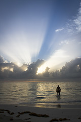 Dominicaanse Republiek (Mark Sekuur) Tags: sunset sea sun beach clouds strand swim wolken zee puntacana zwemmen zwemmer dominicaanserepubliek caribisch azuurblauw pwpartlycloudy bã¡varo