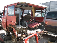 1981 Toyota Land Cruiser rear (dave_7) Tags: classic rust toyota land 1981 junkyard scrapyard suv landcruiser cruiser