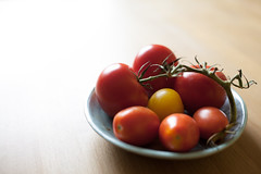3/52 Red Tomatoes (Ennae) Tags: 35mm canon tomato mark f14 tomatoes ii 5d walimex 52 samyang