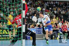 "DKB DHL15 Rhein-Neckar-Löwen vs. HSV Handball 06.09.2014 116.jpg • <a style=""font-size:0.8em;"" href=""http://www.flickr.com/photos/64442770@N03/14982726370/"" target=""_blank"">View on Flickr</a>"