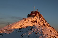 Sonnblickobservatorium (bergfroosch) Tags: sonnenaufgang hohe tauern sonnblickobservatorium