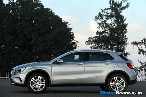 2014-Mercedes-Benz-GLA-74