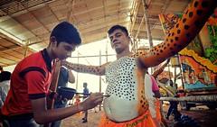 Pulikali Thrissur Kerala (Ashit Desai) Tags: india art festival painting dance paint dancing body folk kali south tiger kerala leopard ritual onam puli thrissur trichur desai 2014 pulikali ashit