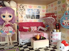 Miss9's dollhouse & room