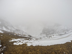 476 - Red Crater dans le brouillard