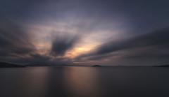 Un mar de seda. (Amparo Hervella) Tags: caladelpino murcia españa spain paisaje mar agua nube reflejo atardecer largaexposición d7000 nikon nikond7000 comunidadespañola naturaleza