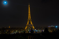 Tour Eiffel (Carlos Carazo Photography) Tags: eiffel toureiffel paris france europe europa night lights monument wanderlust viajar travel torre city nikon nikond5500 moon luna noche photography