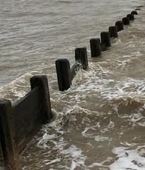 (mornarees) Tags: coast sea murky iphone6