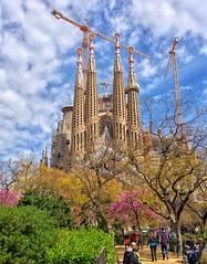 la Sagrada Familia Basilica Gaudi Barcelona (capvera) Tags: barcelona sagradafamilia gaudi basilica basilique espagne architecture catalan catalunya modernisme