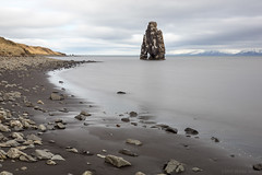 And then our ears stopped listening to the wind (OR_U) Tags: 2017 oru iceland rocks beach coastline fjord sea seastack hvítserkur le longexposure pebbles mountains sky clouds movement motion