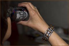 Restocking .... (Jan Gee) Tags: armband robin drink recycled creative jewelry can bracelet van recycling toos pulltabs blikje poptabs persie bliklipjes