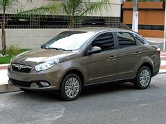 Fiat Grand Siena (Marcos Acosta) Tags: auto brazil cars car brasil sedan automobile fiat voiture coche carro siena autos brasileiro automvil vehiculo southamerican automvel braziliancar sed grandsiena