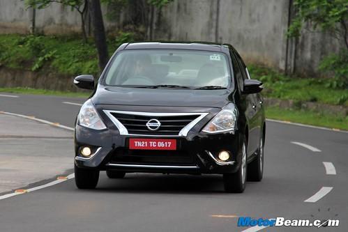 2014-Nissan-Sunny-06