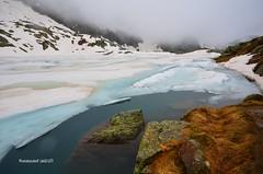 Tremorgio - Capanna e Lago Let - Alpe Campolungo (Photo by Lele) Tags: primavera lago ticino neve funivia pesca alpe ghiaccio cascate rossa alpino capanna pascolo leventina laghetti tremorgio campolungo let