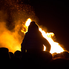 Bridge of Allan (thetravellingquill) Tags: travel bridge people silhouette fire allan scotland bonfire