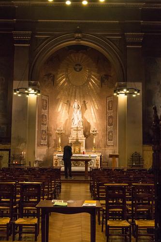 Dans l'église Saint-Vincent-de-Paul