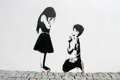 Argus (motveggen) Tags: boy streetart girl stencil bergen argus møhlenpris gatekunst stensil sjablong streetartbergen