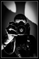 Selfie (Maestr!0_0!) Tags: portrait white black canon lens 50mm noir f14 ttl through blanc selfie f1n nostrobistinfo removedfromstrobistpool seerule2