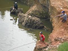 2- Viet fishing (edpcv) Tags: boy youth vietnam hanoi northvietnam