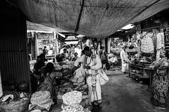 Mysore. DSC_1534 (peevee@ds) Tags: india streets market streetphotography karnataka mysore peevee krmarket indianstreets peeveeads devarajursmarket