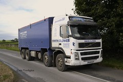 Volvo FM,Simon Clowse Transport Cauldon Lowe Staffordshire (SJS Truck & Transport Photography.) Tags: volvo transport trucks staffordshire lorries haulage animalfeeds cauldonlowe bulkblowers simonclowse