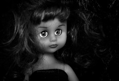 (MaRuXa fotografía) Tags: maruxa canon galicia juguete byn muñeca