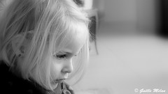 Softness (patrick_milan) Tags: noiretblanc blackandwhite noir blanc monochrome nb bw black white street rue people personne gens streetview féminin femal femme woman women girl fille belle beautiful portrait face candide