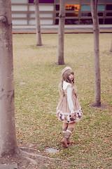 SDF_7890 (SendoFu) Tags: bonnet ボンネット エプロン風スカート blouse bl ブラウス headbow kc カチューシャ bnt 蕾絲 維多利亞 jsk op onepiecedress ワンピース jumperskirt ジャンパースカート nop lolita lolitafashion 蘿莉塔 蘿莉塔時裝 ロリータ・ファッション sweetlolita classicallolita
