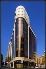 Paseando por Valencia (edomingo) Tags: edomingo olympusomdem10 mzuiko1240 valencia arquitectura