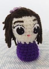 Alicia (ChabeMonos) Tags: 2017 chabemonos amigurumi crochet handmade hechoamano hechoenchile toy juguete yarn lana adorno ornament violet violeta doll muñeca