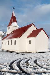 Vik church and snow (10b travelling) Tags: 10btravelling 2017 carstentenbrink europa europe iptcbasic iceland icelandic vik vík víkímýrdal church island snow south southcoast tenbrink winter