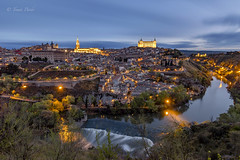 Toledo...  Imperial. (tomicio) Tags: toledo castilla night shot larga exposcion nikon d500 tokina1116 river rio muralla alcazar catedral luces ciudad city españa spain