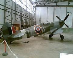 Spitfire MkIX PL944 replica Duxford 15-09-06 (Richard.Crockett 64) Tags: vickers supermarine spitfire mkix pl944 fighter replica raf royalairforce ww2 worldwartwo imperialwarmuseum duxford airfield cambridgeshire 2006