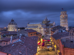 pisa blue hour (Wizard CG) Tags: pisa leaning tower sky closeup torre di bell piazza del duomo italia architecture building lean angle tilt blue bright tuscany hour rooftops square cathedral baptistery grand hotel rooftop landscape cityscape epl7 ngc worldtrekker hdr