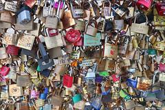 IMG_8220_F (eduardo.breviglieri) Tags: paris cadeados