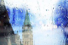 Ottawa Rain (Rafael Chacon Photography) Tags: ottawa rafaelchacon rain rainyday ottawalife ottawaart parliament parliment parliamenthouse yourstodiscover