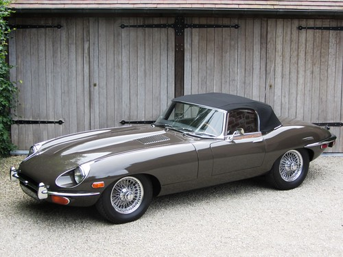 Jaguar E-Type Series II OTS (1971)